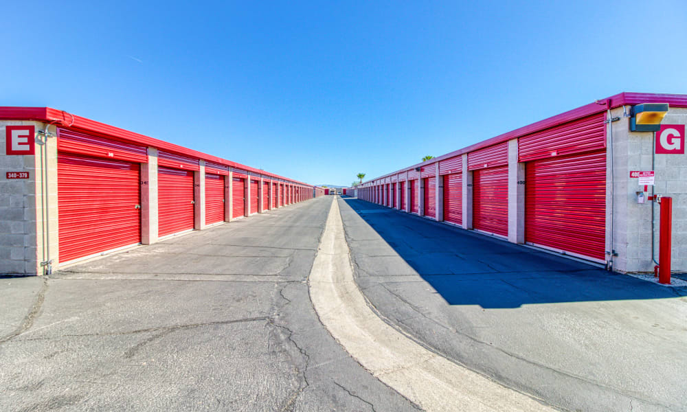 Driveway through storage units at Devon Self Storage in Palm Springs, California