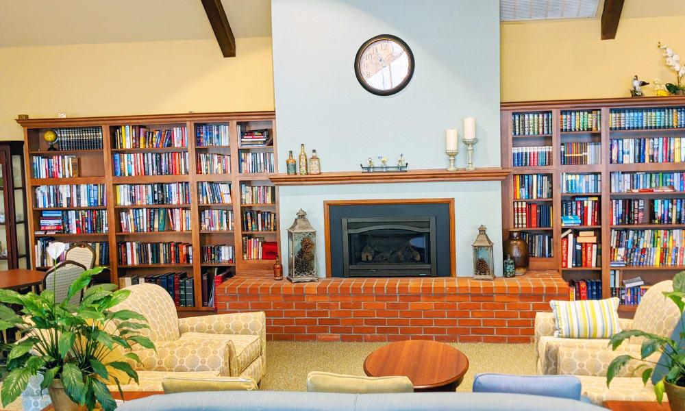 Reading area at Blossom Vale Senior Living in Orangevale, California