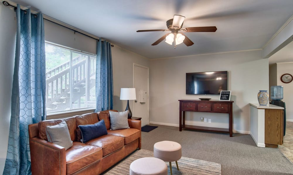 A welcoming apartment living room at Carriage House Apartments in Smyrna, Georgia