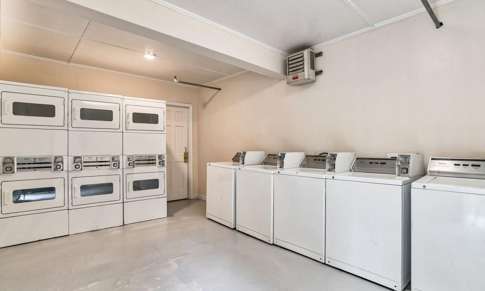 Onsite laundry machines at Beckett Park in Smyrna, Georgia