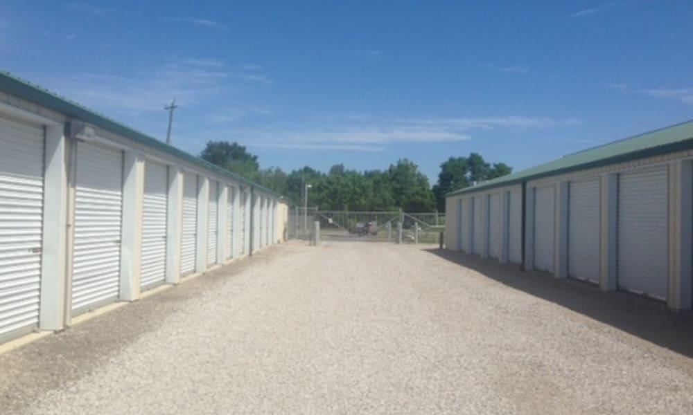 Wide driveway for vehicle storage at Broad & York Storage in Pataskala, Ohio