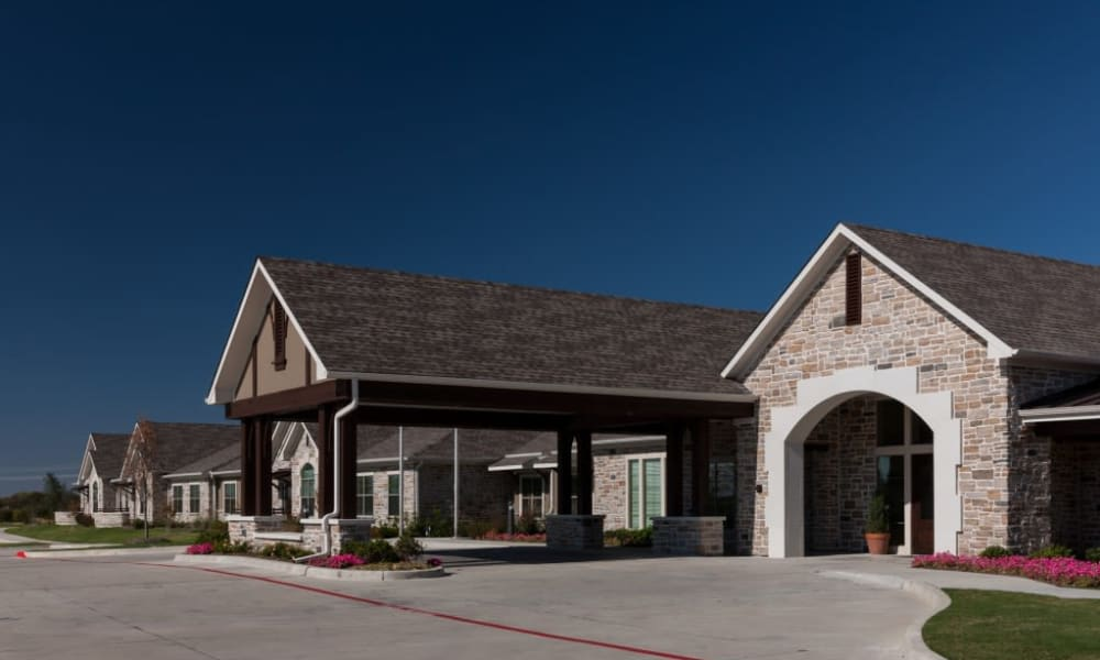 The exterior and driveway of Anthology of Stonebridge Ranch in McKinney, Texas