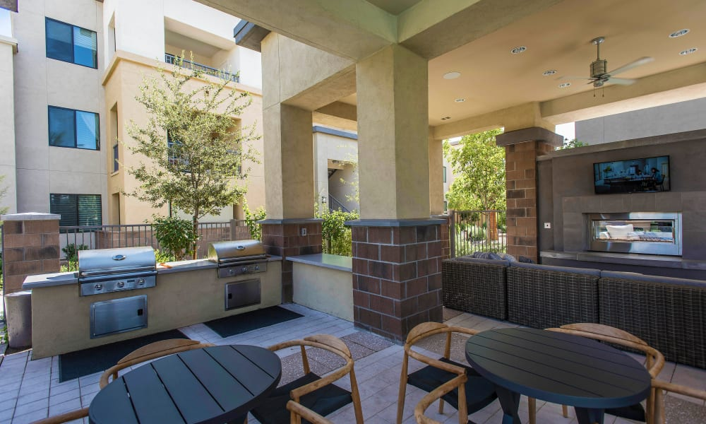 Outdoor lounge near the barbecue area at Cadia Crossing in Gilbert, Arizona