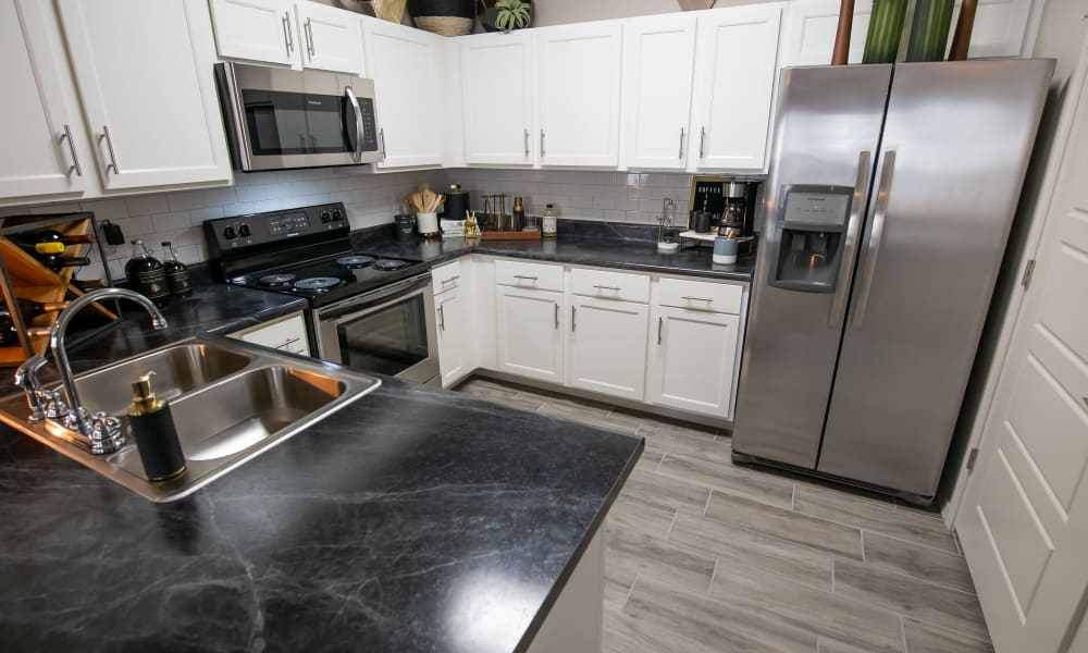 Fully-equipped kitchen at Cedar Ridge in Tulsa, Oklahoma