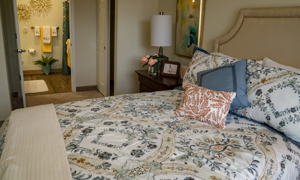 A bedroom at Hessler Heights Gracious Retirement Living in Leesburg, Virginia