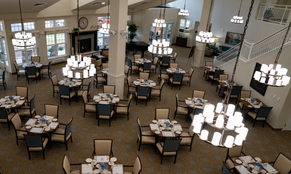Dining room at Camellia Gardens Gracious Retirement Living in Maynard, Massachusetts