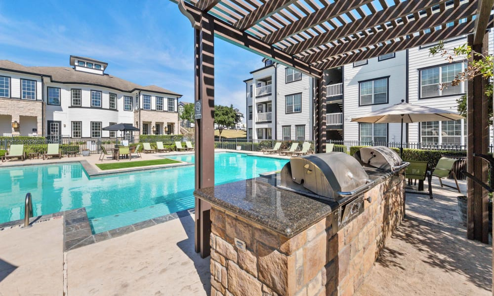 Poolside seating at Archer Stone Canyon in San Antonio, Texas