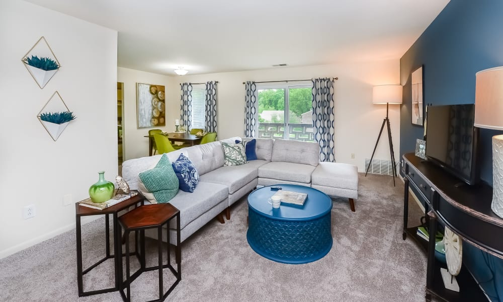 Cozy living room at Marchwood Apartment Homes