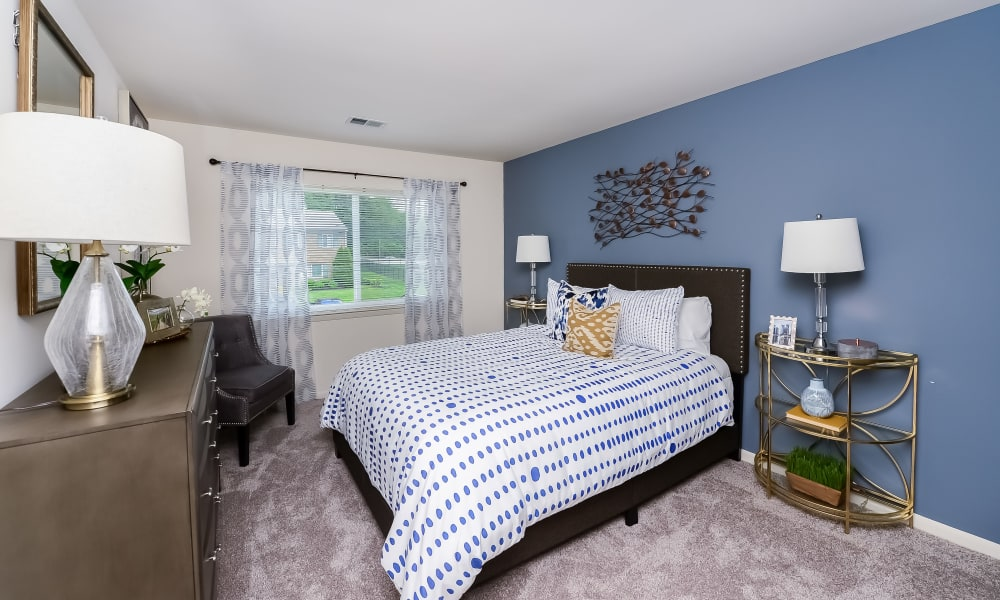 Spacious bedroom at Marchwood Apartment Homes