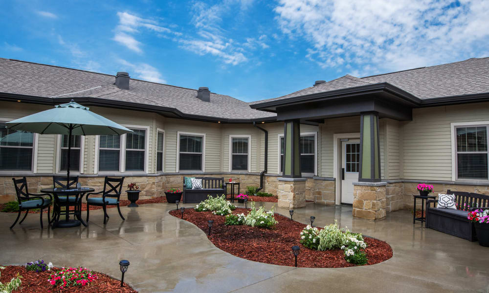Secured Courtyards at Willow Creek Memory Care at Lee's Summit