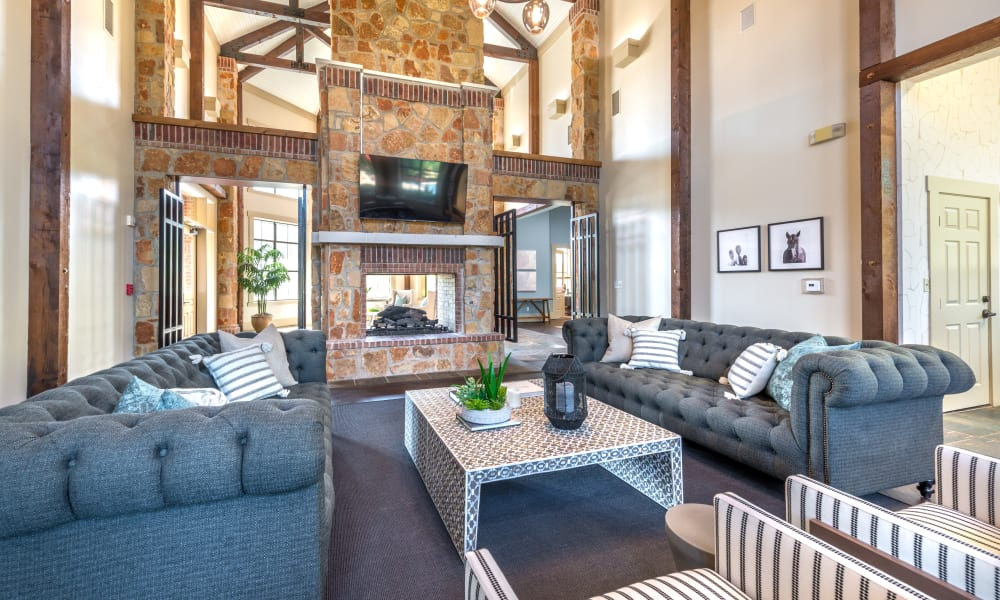 Enjoy Apartments with a Clubhouse at Olympus Team Ranch