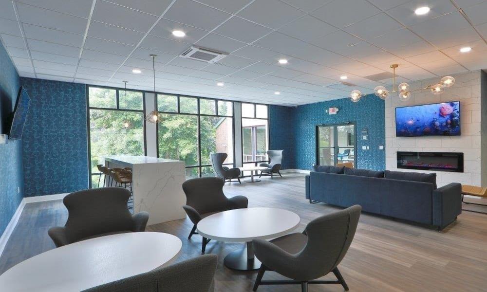 Social Lounge at Lynbrook at Mark Center Apartment Homes in Alexandria, VA
