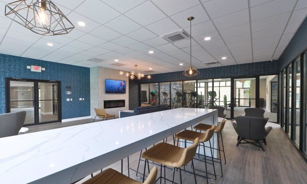 Social Lounge at Brookdale at Mark Center Apartment Homes in Alexandria, Virginia