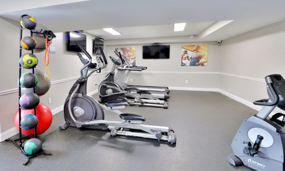 Fitness center at Towson Crossing Apartment Homes in Baltimore, MD