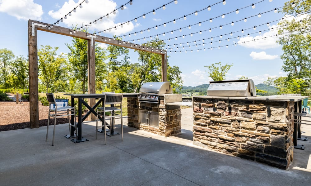 BBQ Grilling Area at Rivertop Apartments in Nashville, Tennessee