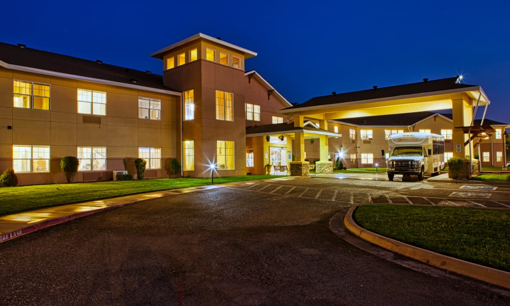 Drive up to Wheatfields Senior Living Community in Clovis, New Mexico