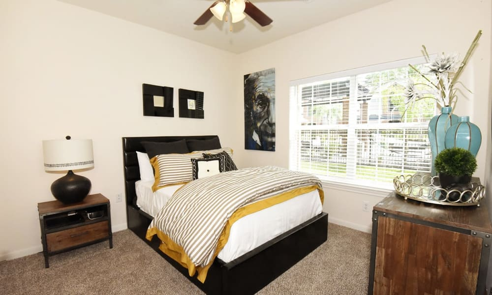 Augusta Meadows offers a beautiful bedroom in Tomball, Texas