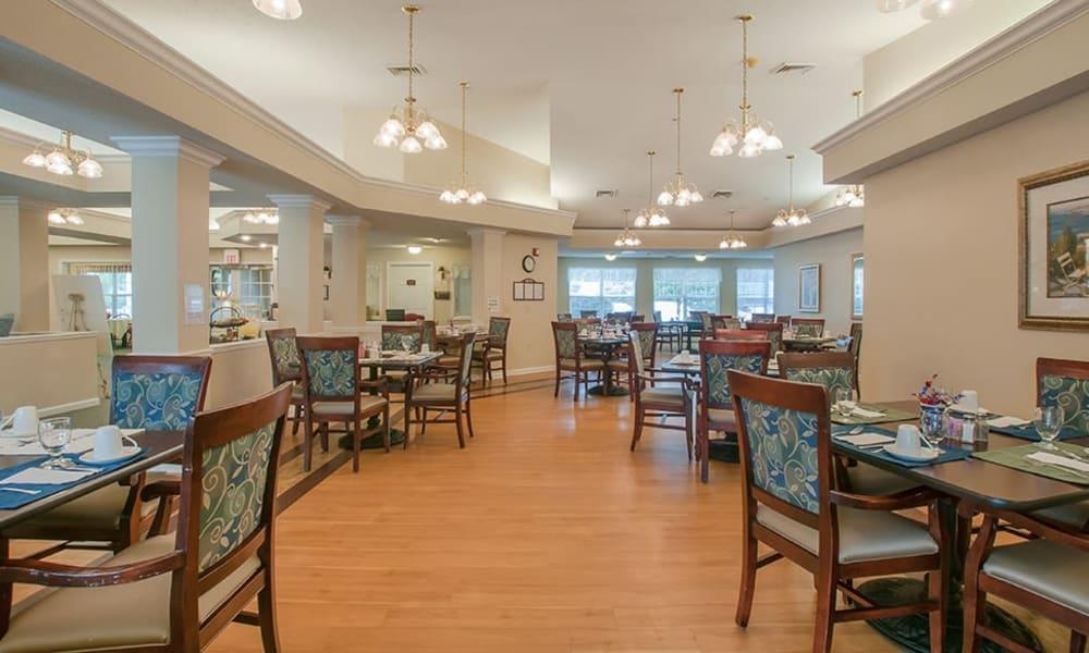Dining room at Randall Residence of Newark in Newark, Ohio