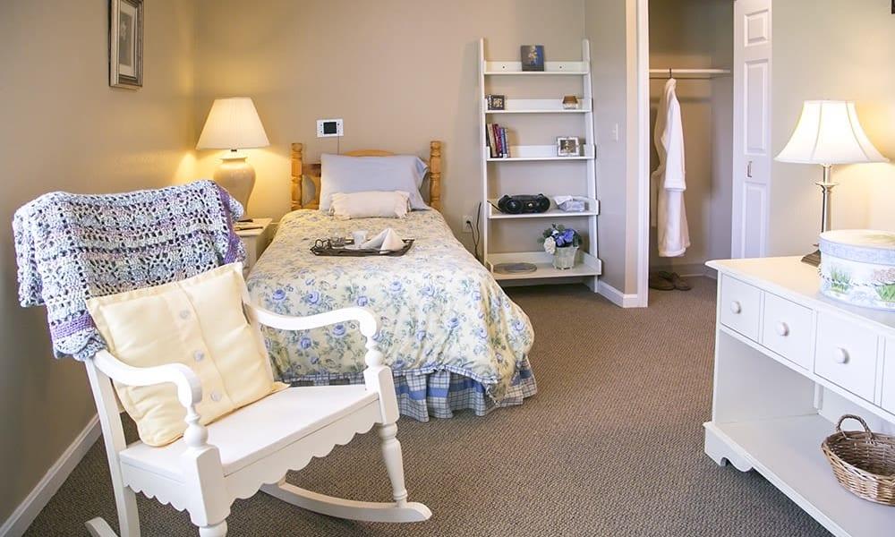 Comfortable senior living suite at Randall Residence of Wheelersburg in Wheelersburg, Ohio