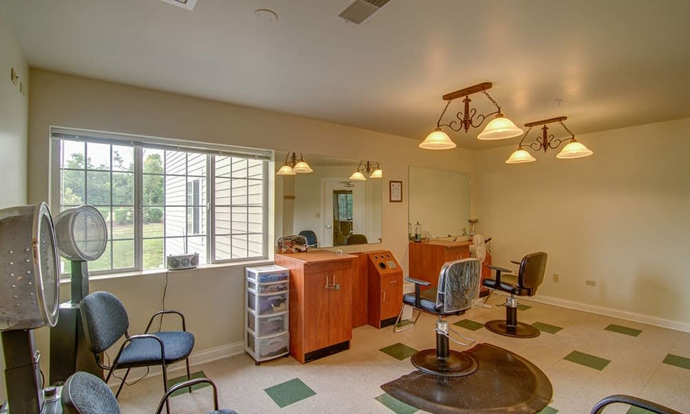 Randall Residence of McHenry in McHenry, Illinois  has a barbershop and salon for residents