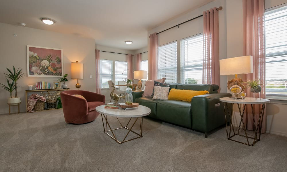 Very spacious living room with lots of natural light at Artisan Crossing in Norman, Oklahoma