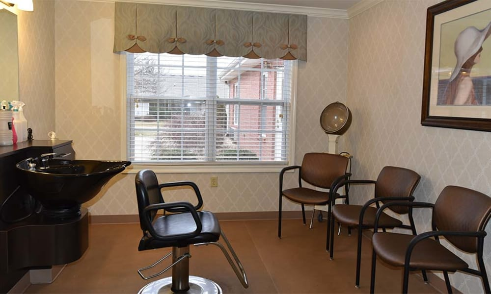 In-house beauty and barber salon at Spring Ridge in Springfield, Missouri