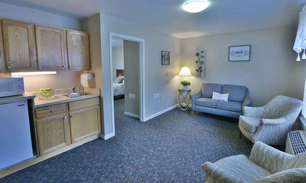 Suite Living Room at Spring Ridge in Springfield, Missouri