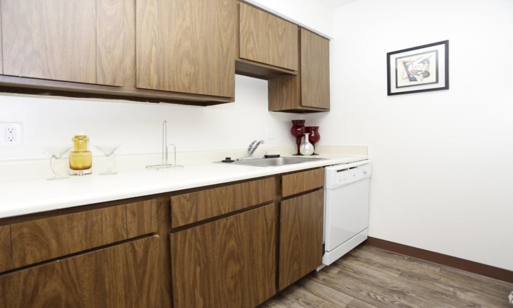 Kitchen at Arbors of Battle Creek Apartments & Townhomes in Battle Creek, Michigan