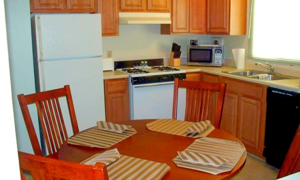 Kitchen at Autumn Woods Apartments & Townhomes in Jackson, Michigan