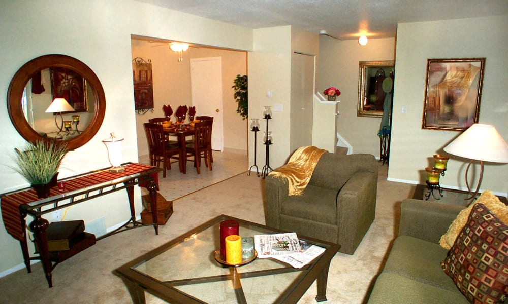 Living room at Briarcliffe Apartments & Townhomes in Lansing, Michigan