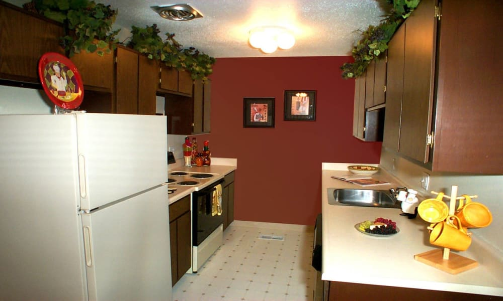 Kitchen at Briarcliffe Apartments & Townhomes in Lansing, Michigan
