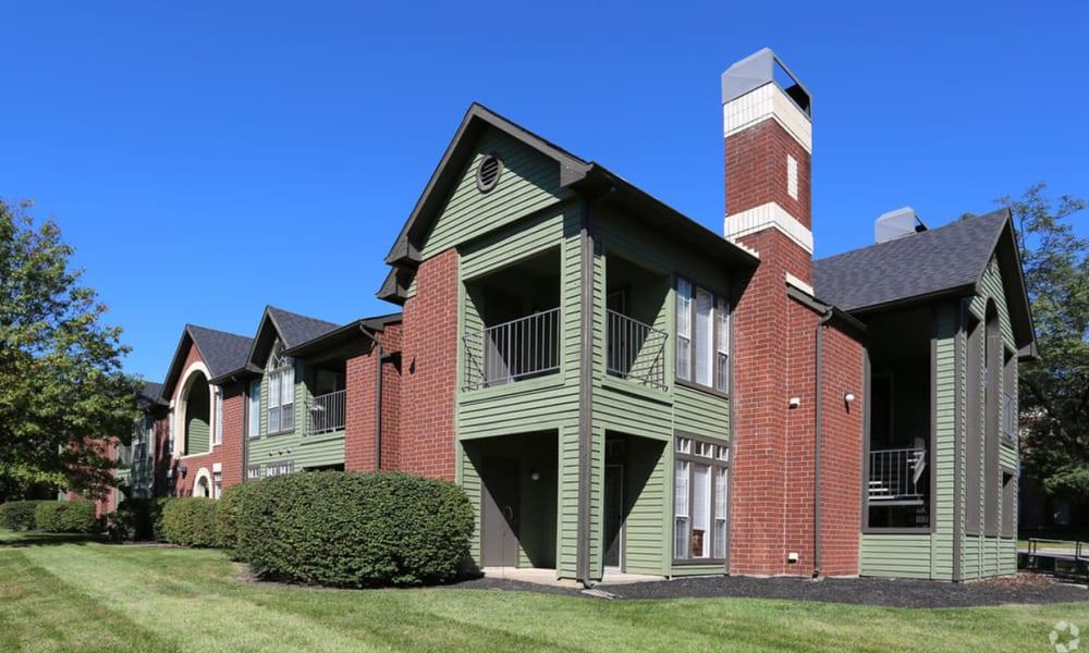 Exterior of apartments at Century Lake Apartments in Cincinnati, Ohio