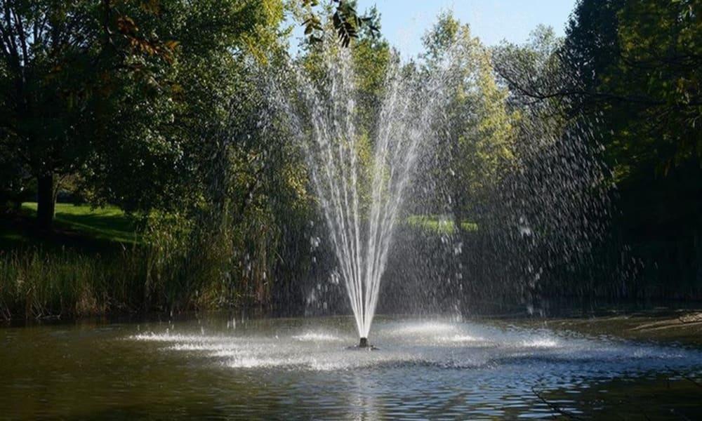 Fountain at Century Lake Apartments in Cincinnati, Ohio