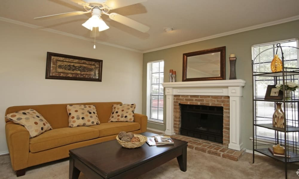 Spacious living room at Peppertree Apartment Homes in Lafayette, Louisiana