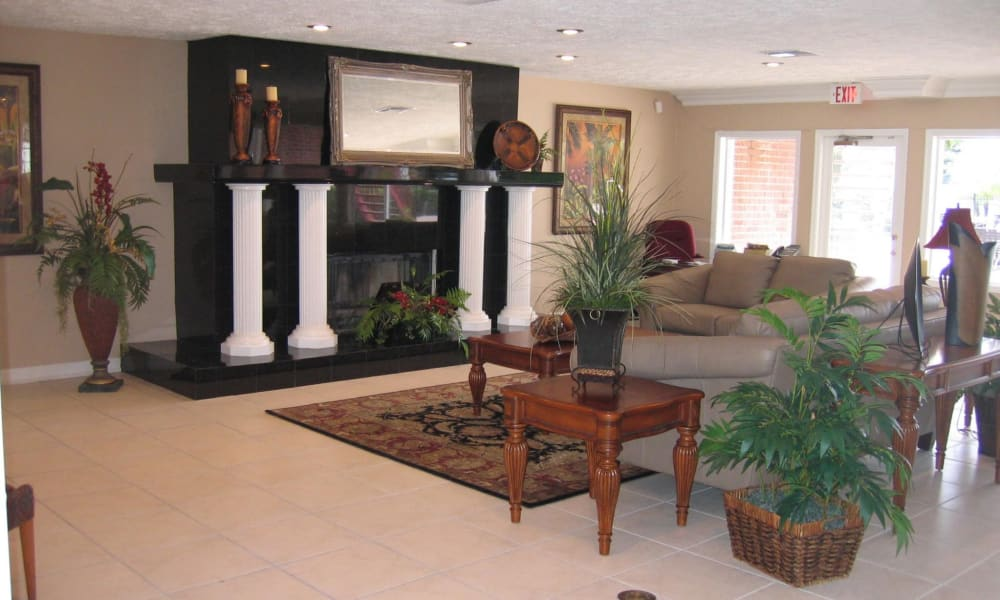 Clubhouse lounge at Reserve at Lake Pointe Apartments & Townhomes in St Petersburg, Florida