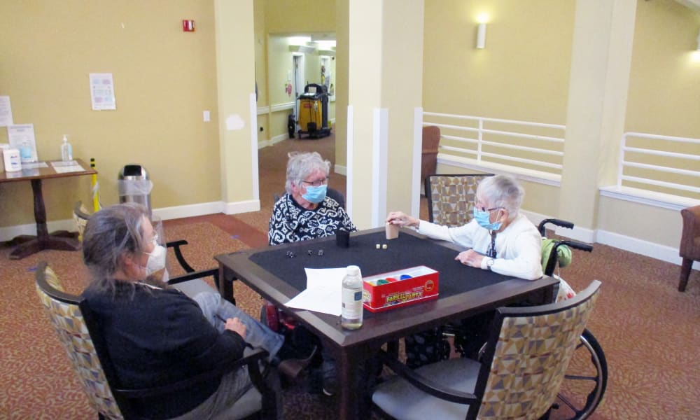 Residents playing games at Woodside Senior Living in Springfield, Oregon
