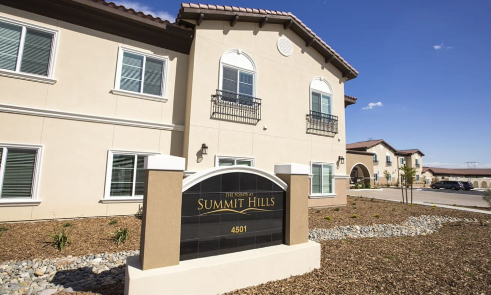 A The Pointe at Summit Hills sign out front in Bakersfield, California.