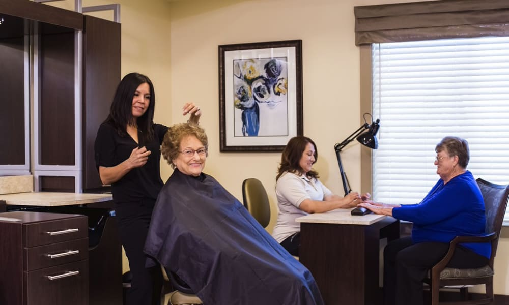 The resident onsite salon at The Pointe at Summit Hills in Bakersfield, California.