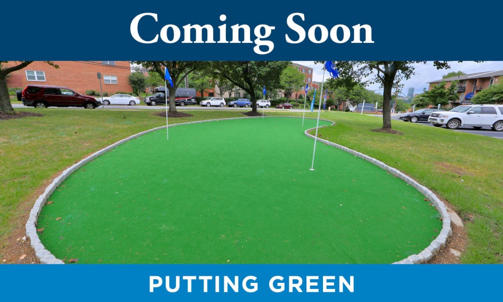 Enjoy Apartments with a Putting Green at Promenade Apartment Homes in Winter Garden, Florida