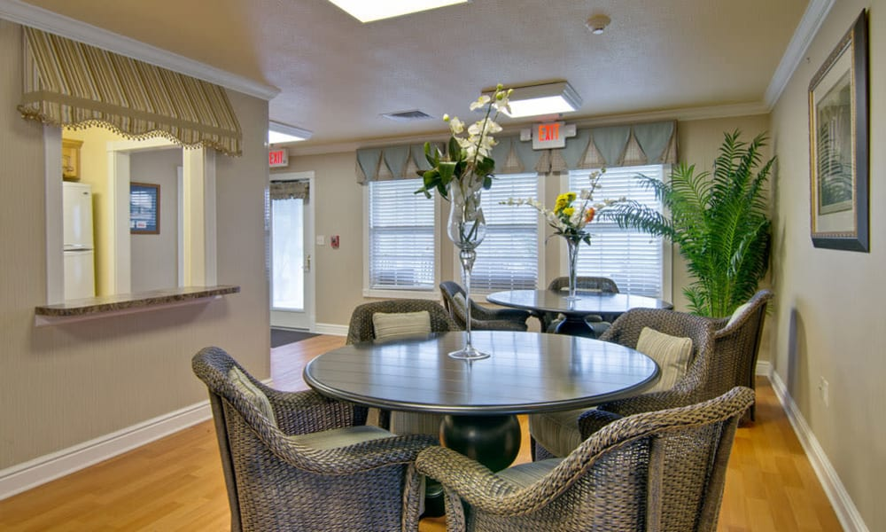 A dining area at The Arbors at Dunsford Court in Sullivan, Missouri.