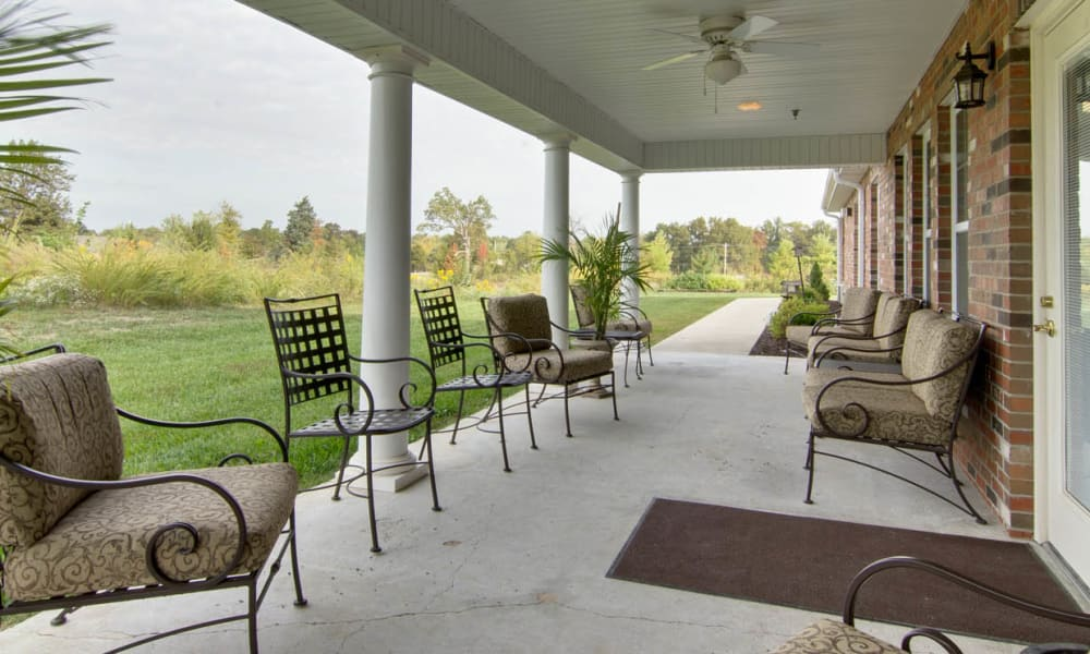 Resident patio at The Arbors at Dunsford Court in Sullivan, Missouri.