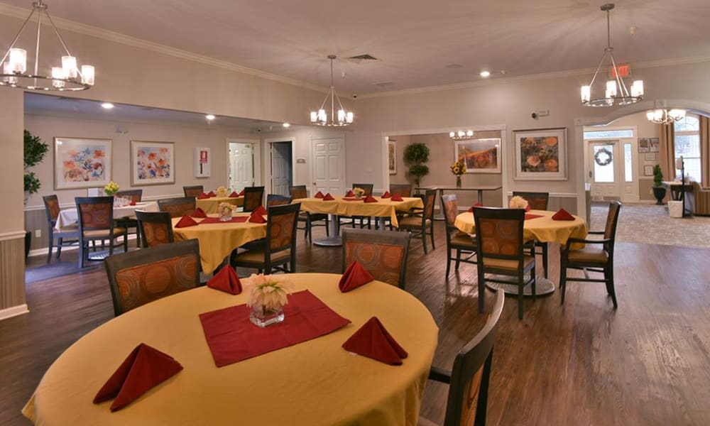 Dining Room at Springfield Heights in Springfield, Tennessee