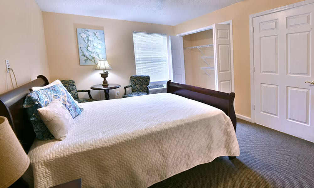 Private Room at Dogwood Bend in Clarksville, Tennessee