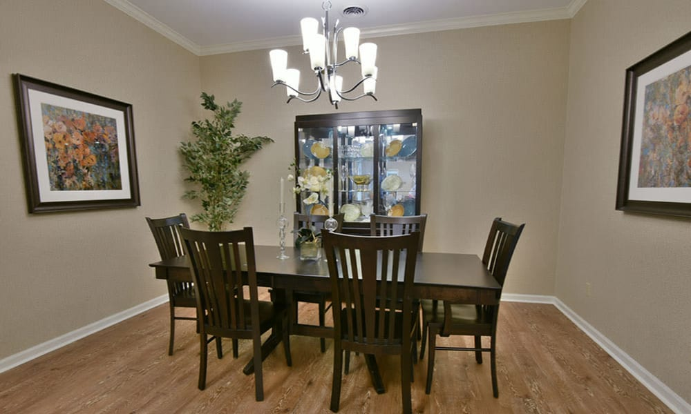 Private Dining Room for hosting family and friends at Dogwood Bend in Clarksville, Tennessee
