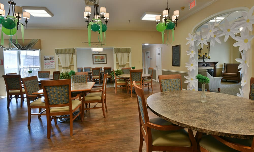 Dining Room at The Arbors at Dogwood Pointe Senior Living in Milan, Tennessee