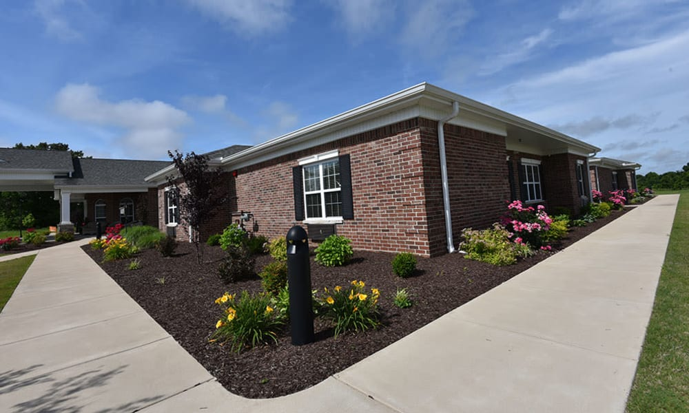 Beautiful Outdoor Walking Paths at Dogwood Pointe Senior Living in Milan, Tennessee