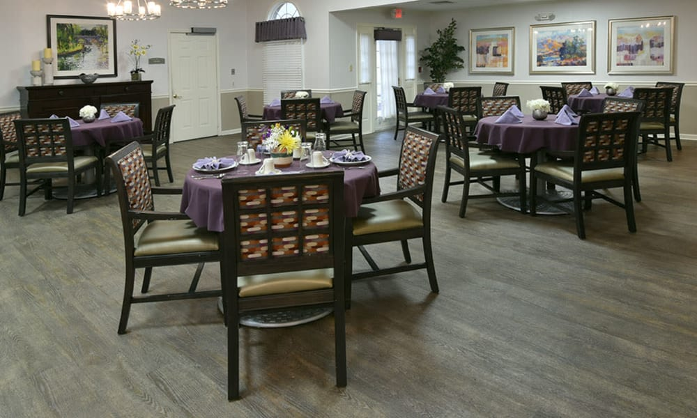 Dining Room at Alexandria Place in Jackson, Tennessee