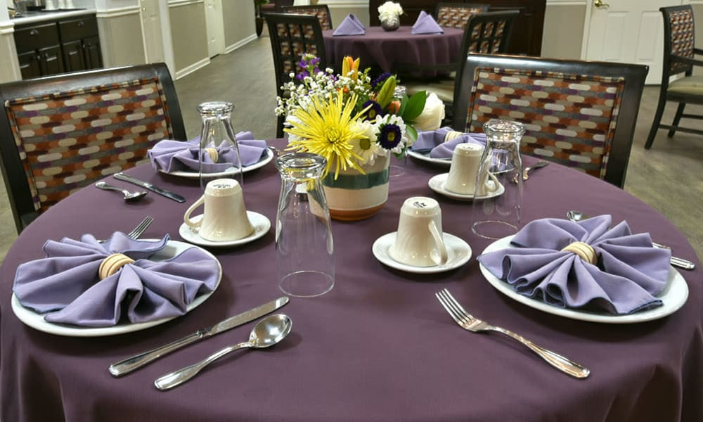 Family Style Dining at Alexandria Place in Jackson, Tennessee