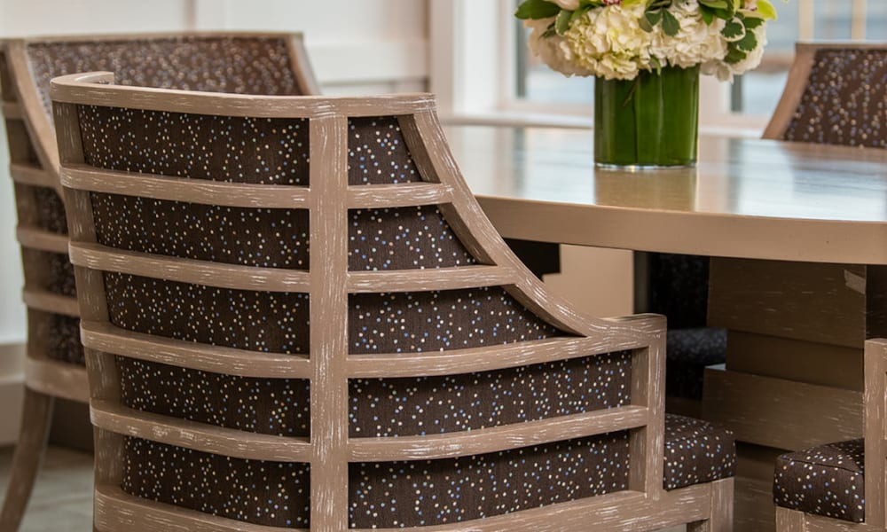 Sitting areas for lounging and activities at Seasons Memory Care at Rolling Hills in Torrance, California.