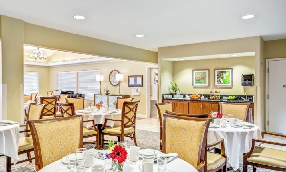 Elegant dining area at Woodside Senior Living in Springfield, Oregon